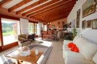 Großzügige Finca in idyllischer Privatlage mit herrlichem Blick auf den Peñon de Ifach in Benissa - Verglaste Terrasse