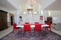 Exclusiva propiedad de lujo en ubicación privilegiada de Denia con impresionantes vistas - Comedor