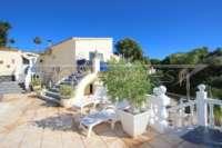 Spacieuse villa avec critère de bien-être indéniable et vue imprenable sur le Montgo à Denia - Escalier extérieur