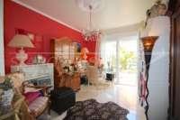 Farbenfrohes Ferienhaus unweit vom Meer und Ortskern in Els Poblets - Büro
