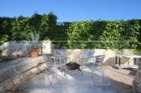 3 Schlafzimmer Villa auf großem Grundstück in ruhiger Ortsrandlage von Els Poblets - Grillecke