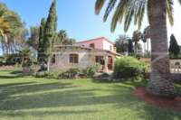 Finca clásica mediterránea en una ubicación privilegiada en Denia - Casa en la naturaleza