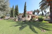 Finca clásica mediterránea en una ubicación privilegiada en Denia - Jardín mediterráneo