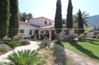 Finca clásica mediterránea en una ubicación privilegiada en Denia - Casa mediterranea