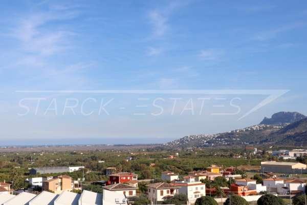 Lichtdurchflutetes und zentral gelegenes Duplex Penthouse mit Wow Faktor in Pego, 03780 Pego (Spanien), Penthousewohnung