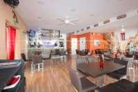 Top Business Gelegenheit - Restaurant mit Wohnung in zentraler Lage von Denia - Innerer Essbereich