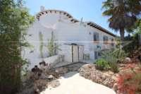 Attraktive 3 SZ Villa auf flachem Grundstück in herrlicher Südlage am Monte Pego - Außenfassade