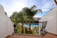 Bonita casa adosada de esquina con jardín privado cerca de la playa en Els Poblets - Balcón con vistas