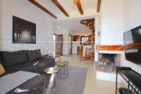 Bonita casa adosada de esquina con jardín privado cerca de la playa en Els Poblets - Espacios abiertos