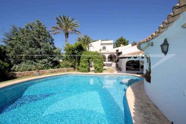 Mediterrane Villa auf privatem Grundstück mit traumhaftem Blick am Monte Pego, 03789 El Ràfol d'Almúnia (Spanien), Villa