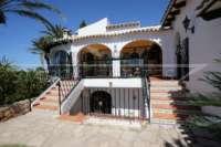 Mediterrane Villa auf privatem Grundstück mit traumhaftem Blick am Monte Pego - Immobilie in Monte Pego