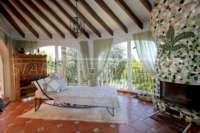 Mediterrane Villa auf privatem Grundstück mit traumhaftem Blick am Monte Pego - Verglaste Terrasse