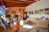 Finca espaciosa con impresionantes vistas al Peñon de Ifach en Benissa - terraza acristalada