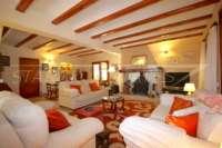 Spacieuse maison de campagne avec une vue imprenable sur le pic de l'Ifach à Benissa - Salon