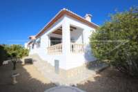 Top gepflegte Villa in herrlicher Südlage in Pedreguer - Villa in Pedreguer
