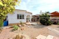Modernisierungsbedürftige Villa nur 400 m vom Meer in Els Poblets - Haus in Els Poblets
