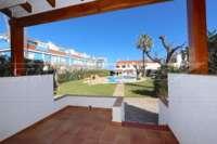 Maison de ville au premier étage dans la première ligne de plage à Els Poblets - Entrée