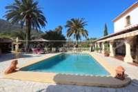 Klassisch mediterranes Finca Anwesen in Top Lage von Denia - Schwimmbad