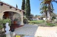 Klassisch mediterranes Finca Anwesen in Top Lage von Denia - Eingang