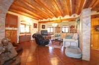 Klassisch mediterranes Finca Anwesen in Top Lage von Denia - Wohnzimmer