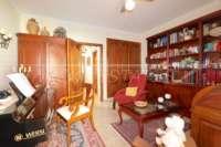 Gepflegtes Reihenhaus mit Patio und Fußbodenheizung im Herzen von Benidoleig - Zimmer