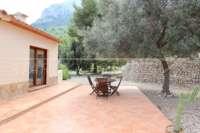 Moderne Finca auf pflegeleichtem Grundstück in bester Panoramalage in Benimeli - Gemütliche Aussenbereiche