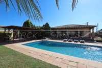 Villa de campagne <> espagnole avec maison d'hôtes à Benidoleig - Maison à Benidoleig