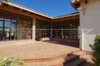 Villa de campagne <> espagnole avec maison d'hôtes à Benidoleig - Terrasse d'entrée