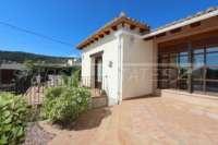 Villa de campagne <> espagnole avec maison d'hôtes à Benidoleig - Situation ensoleillée