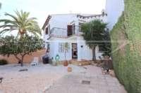 Bonita casa adosada de esquina con jardín privado cerca de la playa en Els Poblets - Adosado en Els Poblets