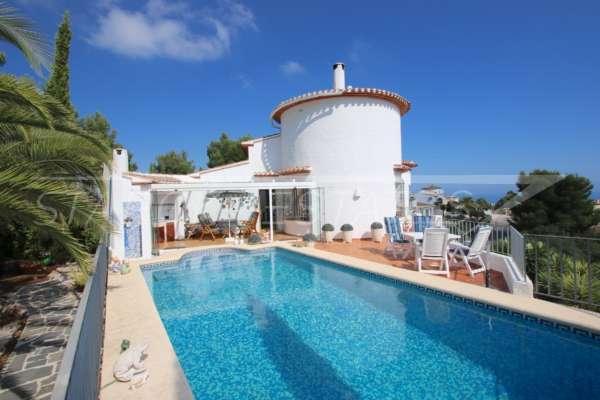 Chalet de alta gama con zona de spa y espectaculares vistas panorámicas al mar en Monte Pego, 03789 Dénia (España), Villa