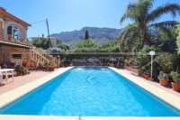 Amplia villa en zona tranquila con vistas maravillosas a solo 1 km del centro de Denia - Vistas al Montgo