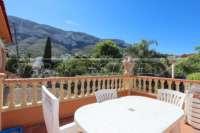 Amplia villa en zona tranquila con vistas maravillosas a solo 1 km del centro de Denia - Terraza