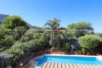 Amplia villa en zona tranquila con vistas maravillosas a solo 1 km del centro de Denia - Jardín mediterráneo