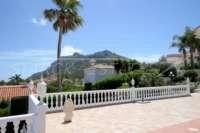 Villa de luxe privée dans un emplacement privilégié de Denia avec une vue imprenable sur la côte - Blick auf den Montgo