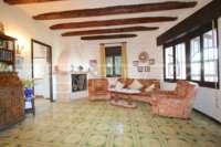 Imponente chalet con vistas al mar y habitación de invitados en Denia - Galeretes - Salón
