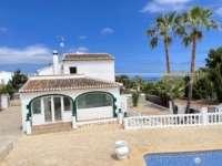 Großzügige Villa nur wenige Minuten vom Meer in Javea - Haus in Javea