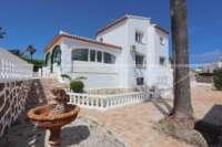 Großzügige Villa nur wenige Minuten vom Meer in Javea - Springbrunnen