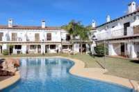 Charmantes Reihenendhaus mit privatem Gartenbereich unweit vom Meer in Els Poblets - Urbanisation Els Poblets
