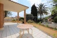 Villa de estilo mediterráneo con piscina en Beniarbeig - Zona de entrada