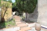 Villa de estilo mediterráneo con piscina en Beniarbeig - Escaleras