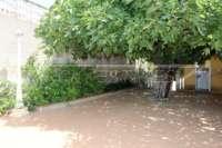 Villa de estilo mediterráneo con piscina en Beniarbeig - Aseo exterior