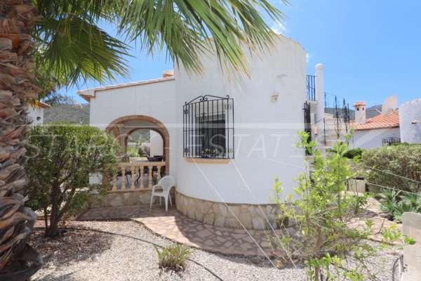 Villa mediterránea con encanto en Monte Solana, 03750 Pedreguer (España), Villa