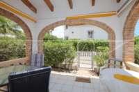 Villa mediterránea con encanto en Monte Solana - Terraza cubierta