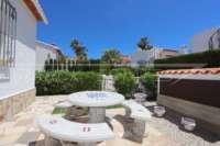 Schöne Villa in perfektem Pflegezustand am Monte Solana - Sonnige Sitzecke