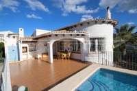 Villa avec piscine, parking, climatisation et terrasses sur un terrain d'angle sur Monte Pego - Terrasse ensoleillée