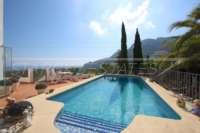 Top villa bien entretenue avec spa et de superbes vues panoramiques sur la mer et sur le Monte Pego - Piscine