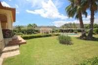 Finca paradisíaca en preciosa ubicación privada con vistas a las montañas en Pedreguer - Jardín mediterráneo