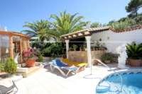 Chalet espacioso en zona idílica y privada con fantásticas vistas al mar en Benidoleig - Cocina de verano