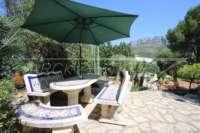 Villa mit Ausbaupotential und herrlichem Blick auf das azurblaue Mittelmeer am Monte Pego - Terrasse